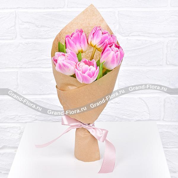 Только ты - букет из 5 розовых тюльпанов от Grand-Flora.ru
