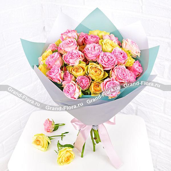 Прекрасные слова - букет из кустовой розы