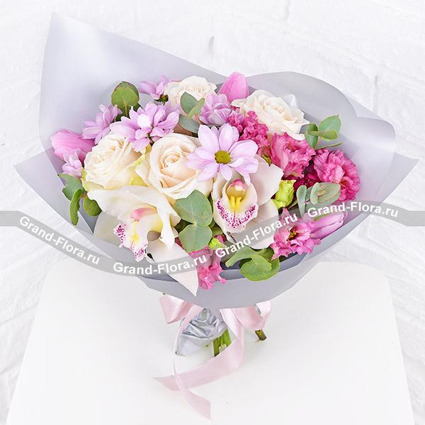 Неземная красота - букет из белых орхидей и роз