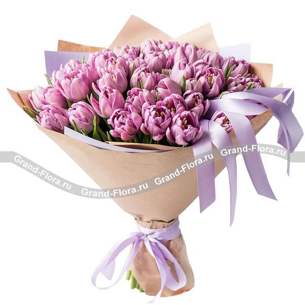 Тюльпаны Гранд Флора Любовь в Вечном городе фото