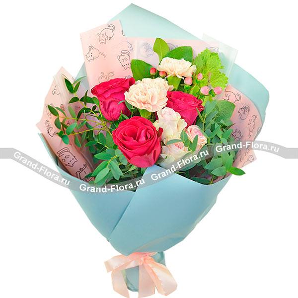 Новые букеты Гранд Флора Кроткая улыбка - букет из гвоздик и роз фото