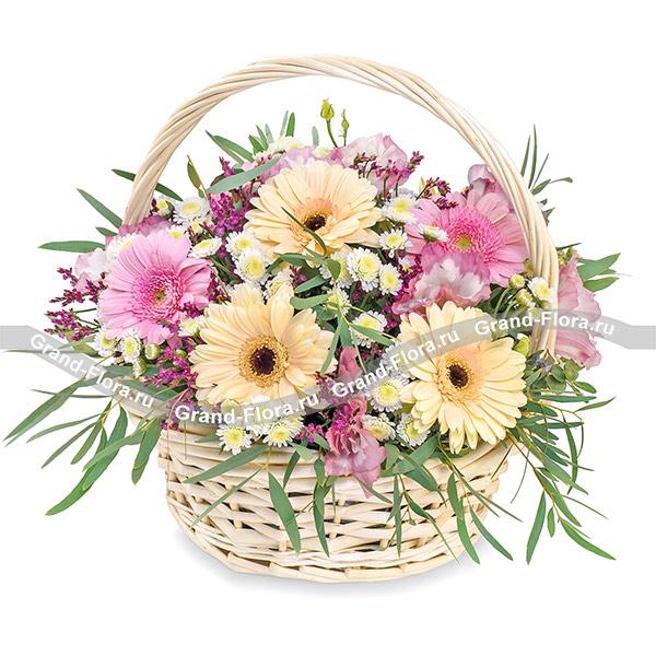 День знаний Гранд Флора Весенний сюрприз - корзина с желтыми и розовыми герберами (акционное предложение) фото