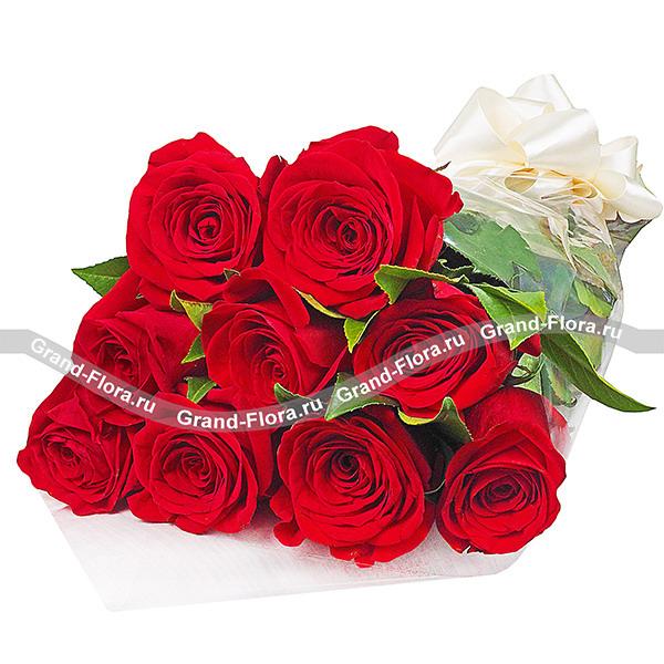 Цветы Гранд Флора Букет красных роз (акционный букет, высота розы 40-50 см) фото