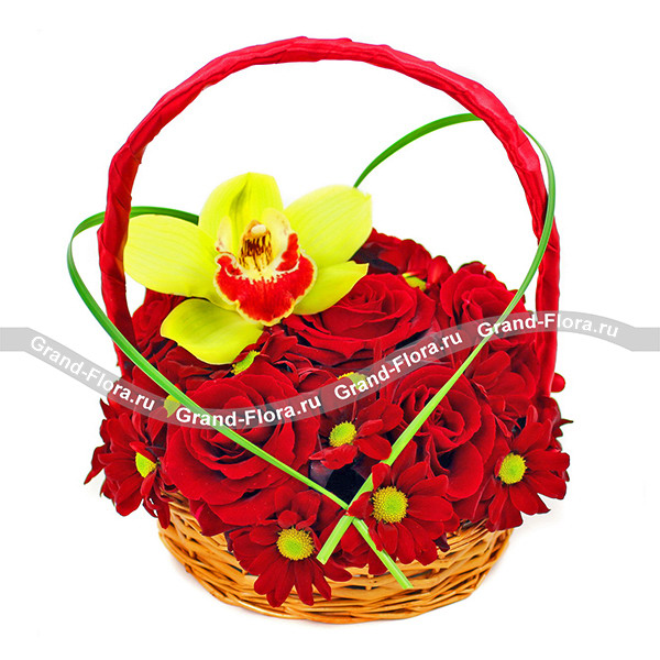 Купить Возьми Мое Сердце - Корзина С Красными Розами И Хризантемой