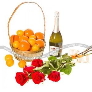 АристократКрасные розы, благородное игристое вино и корзина цитрусового ассорти – традиционный набор джентльмена. Такой праздничный набор не только приятно дарить, но и получать. Проявите настоящие аристократические манеры. Поздравьте ваших деловых партнеров ...<br>