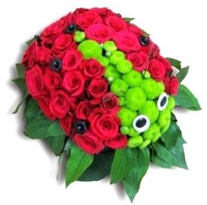 Фигуры из цветов Гранд Флора Божья коровка фото
